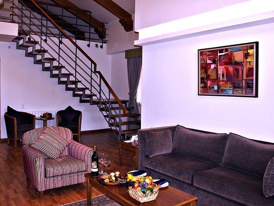 Kfardebian, Libanon: Loft Suite