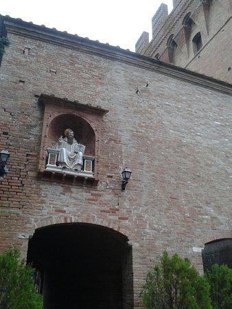 Asciano, Italien: 20161013_164251_large.jpg