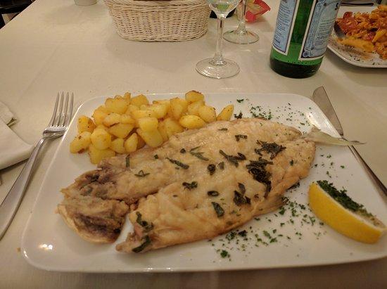 Castiglione d'Intelvi, Italia: IMG_20161013_202335_large.jpg