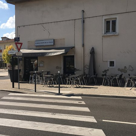 La Tour-de-Salvagny, France : Entrée du restaurant