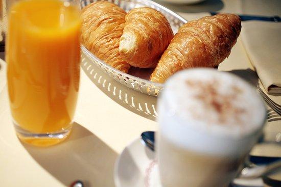 Restaurant Opera Breakfast at Opera Hotel Zurich