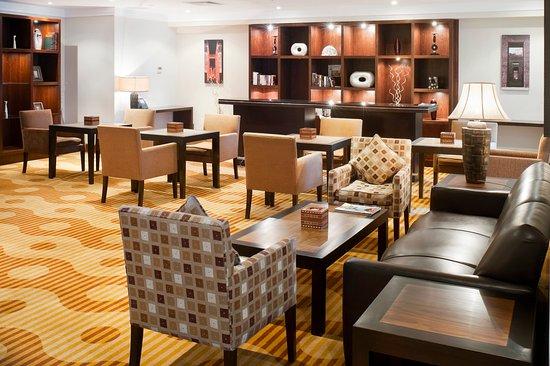 Staybridge Suites Cairo-Citystars: Guest Lounge
