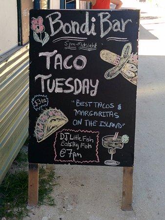 تروبكال باراديس هوتل: Even in Belize they have Taco Tuesdays!!!!!!
