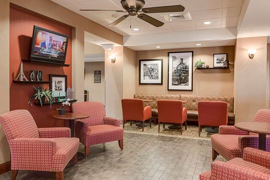 Hampton Inn Branson - Branson Hills: Lobby