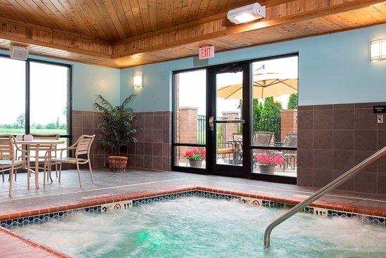 Crawfordsville, Индиана: Indoor Whirlpool