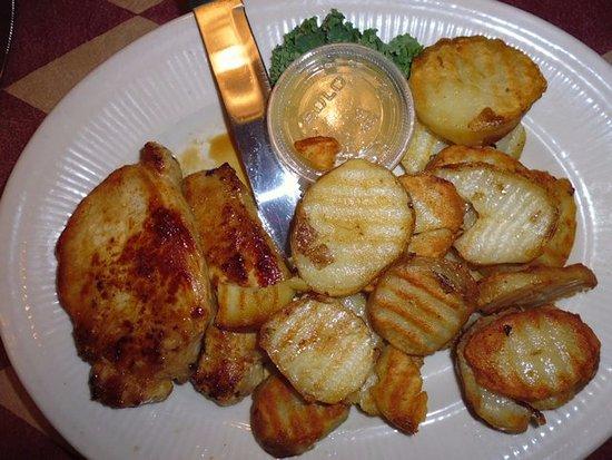 Chesaning, MI : Pork chops