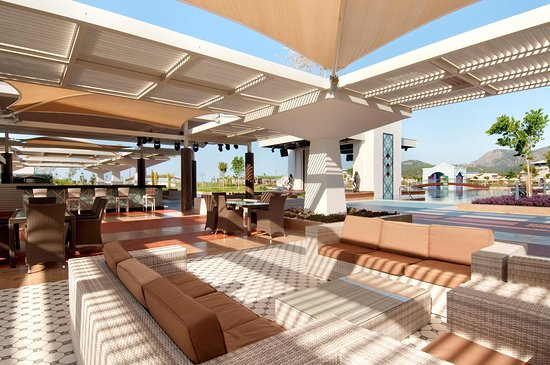 Hilton Dalaman Sarigerme Resort & Spa: Breeze Restaurant