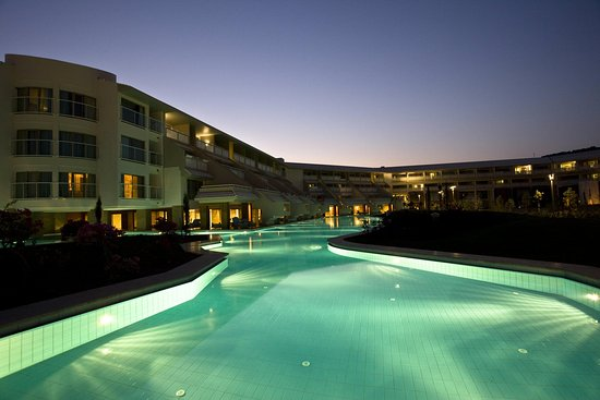 Hilton Dalaman Sarigerme Resort & Spa: Exterior pool