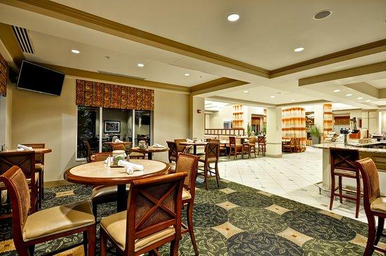 แบล็กส์เบิร์ก, เวอร์จิเนีย: Lobby and Dining Area