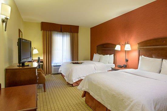 Hampton Inn and Suites Peoria at Grand Prairie : Double Standard