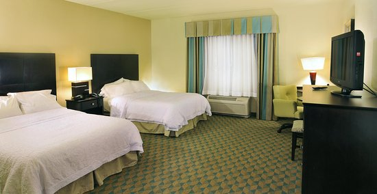 Hampton Inn Gadsden / Attalla: Two Queen Bedroom