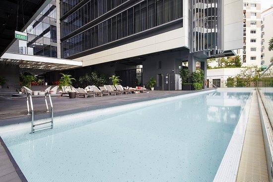 ستوديو إم هوتل: Swimming Pool