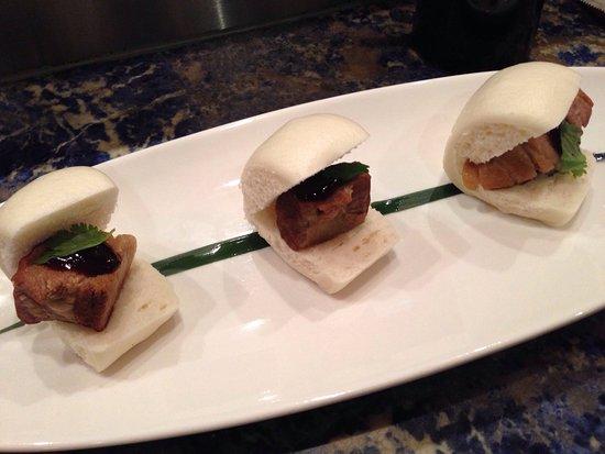 Oga's Japanese Cuisine: Pork buns - too delicious!