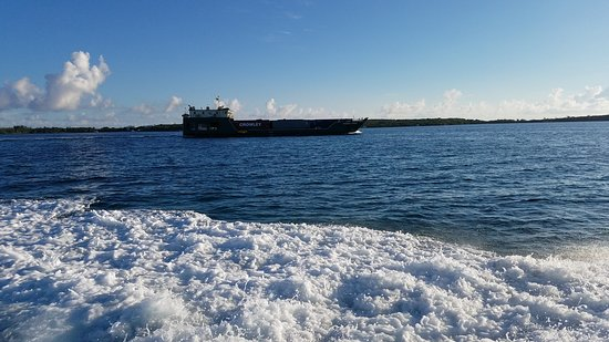 Treasure Cay, Great Abaco Island: Shts from the ferry
