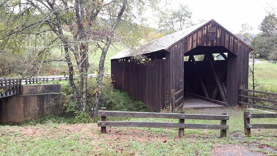 Hillsboro, WV: Locust Creek Covered Bridge