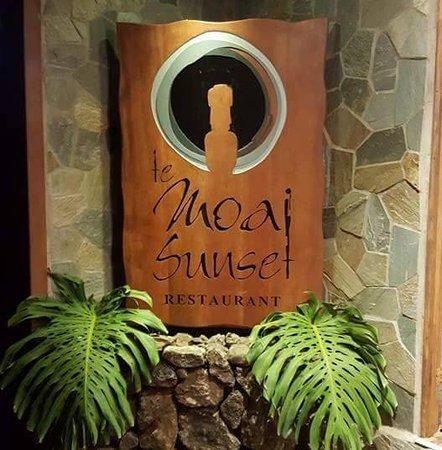Te Moai Sunset: Entrada