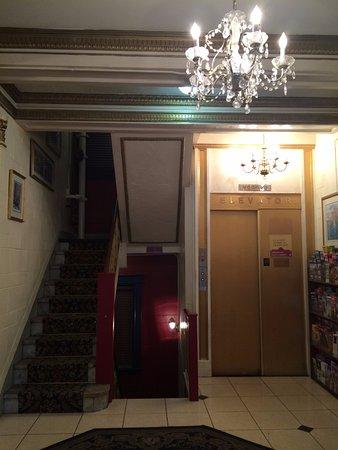 Milner Hotel: recepcion