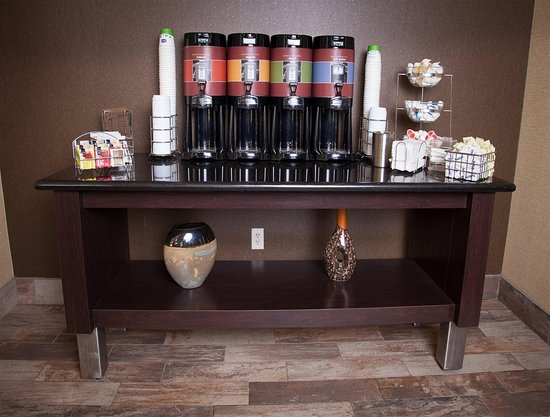 Hampton Inn & Suites Dickinson : Fuel up with our convenient coffee station.