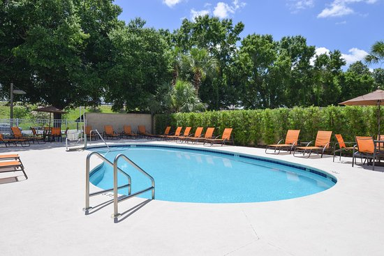 Outdoor Pool Picture Of Hampton Inn And Suites Ocala