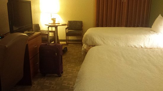 Superior, WI: Room with 2 queens