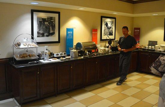 Hampton Inn & Suites The Villages: Continental Breakfast