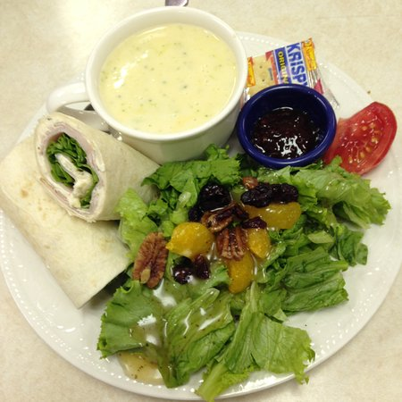 Manchester, IA: Soups, Salads, Sandwiches and Hot Entree Specials