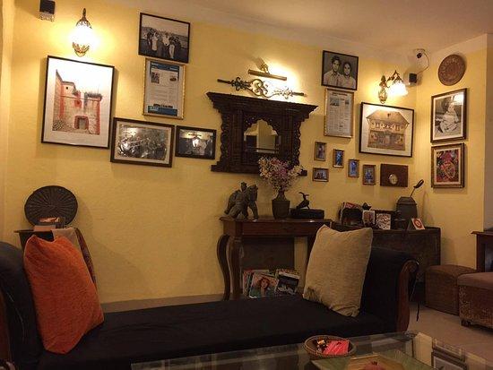 Ambassador Garden Home: lobby