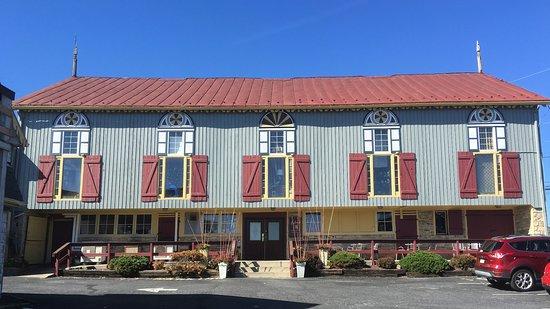 Grantville, Pensilvanya: Fabios Italian restaurant in a renovated barn.
