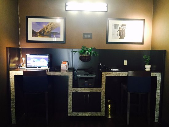Blythewood, SC: 24 Hour Business Center with Complimentary Fax/Copy Services