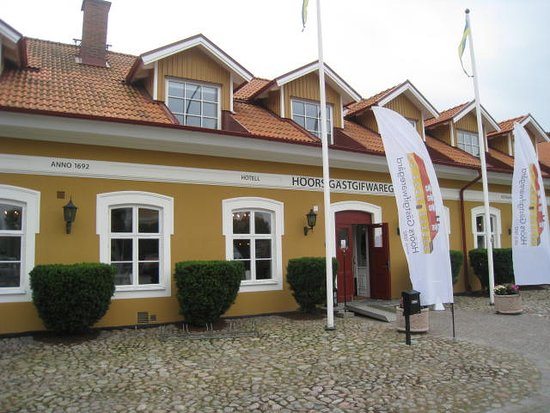 Höör, Sverige: The front view of the hotel