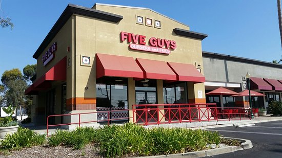Brea, Kalifornien: Five Guys Burgers and Frids