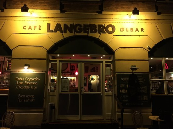 Cafe Langebro: Langebro from outside