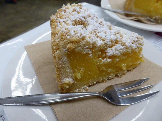 Balnarring, Australia: Lemon danish cake. Yum