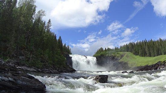 Duved, Svezia: Vattenfallet