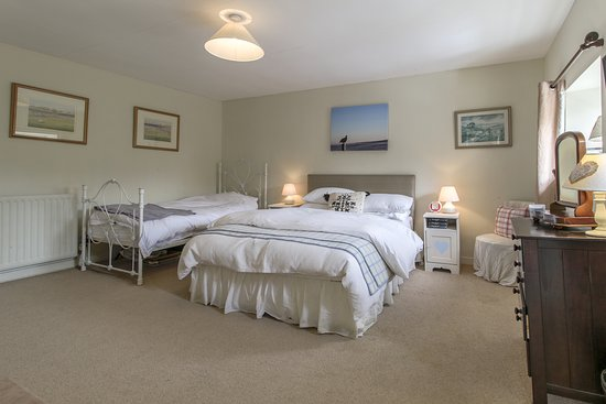 Coves House and Weardale Outdoor Centre: Badminton Bedroom