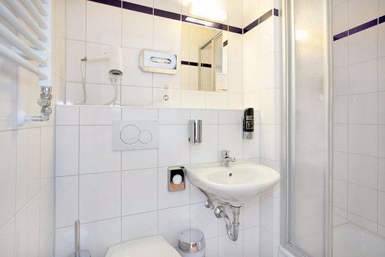 a&o amsterdam zuidoost: bewertungen, fotos & preisvergleich, Badezimmer ideen
