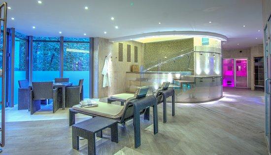 Spa pool foto de china fleet country club saltash tripadvisor for China fleet club swimming pool prices