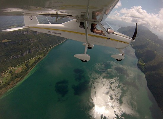 Metz-Tessy, France: survoler le lac d'Annecy en avion léger