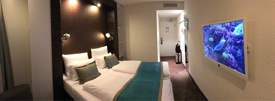 Motel One Hamburg Airport: photo4.jpg