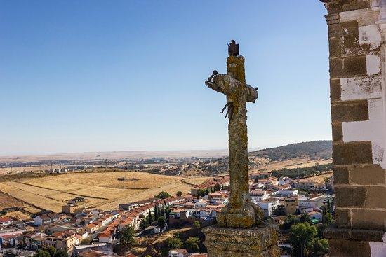 Province of Caceres, Espagne : Cruz de la Iglesia vista desde la torre