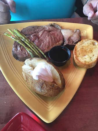 Waconia, MN: Steak, cooked perfectly