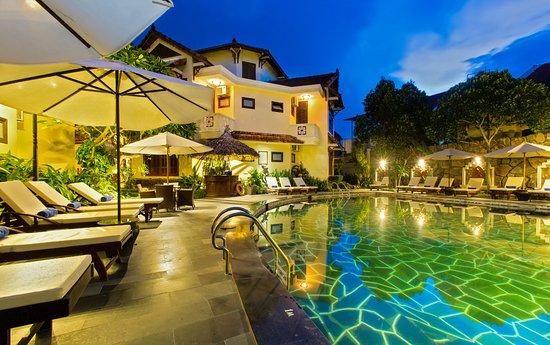 Khách sạn & Spa Hoa Sen Hội An