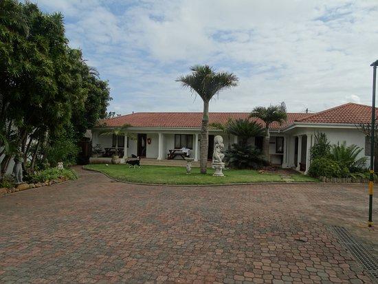 Marais Manor
