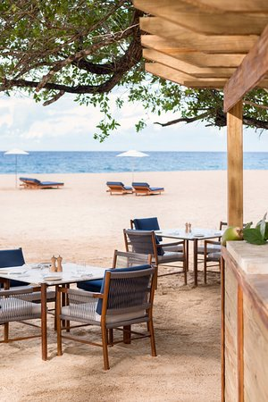 Amanera Beach Club Bar