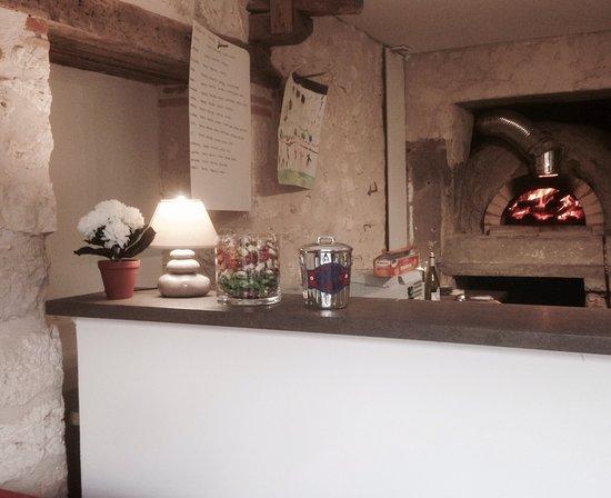 Cahuzac-sur-Vère, Frankrike: Pizza Marcou
