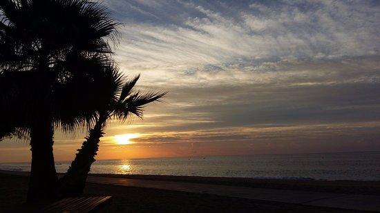 Golden Taurus Park Resort: Sunrise on the beach (on 1st October)