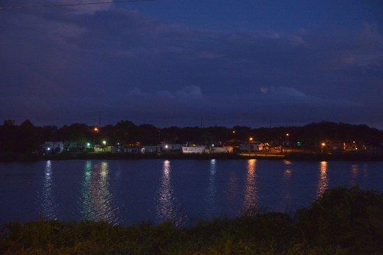 ซีบริง, ฟลอริด้า: Aftenudsigt over søen