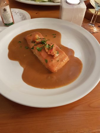 Thursford, UK: Baked salmon with Lobster sauce