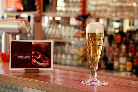 A&O Nuernberg Hauptbahnhof: Bar Beer
