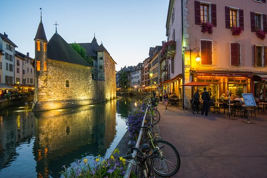 Cran-Gevrier, Francia: ANNECY